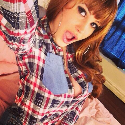 Bella French  - Live on cam twitter @bellafrench69 redhead,camgirl