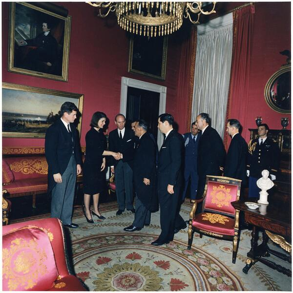 Michael beschloss on twitter here jacqueline kennedy after and the soviet union stood down powerful wordspicitterswft8x5r4v sciox Image collections
