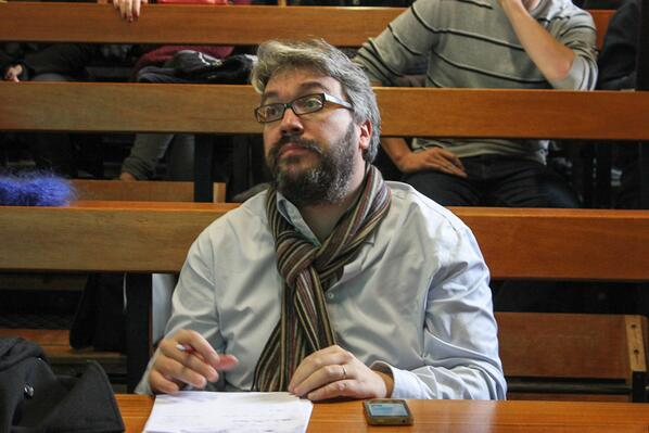 #AFPTwitter : G.Lemarchand est journaliste à la rédaction en chef chargé des réseaux sociaux à l'AFP @greglemarchand http://t.co/33rLKdO4hF