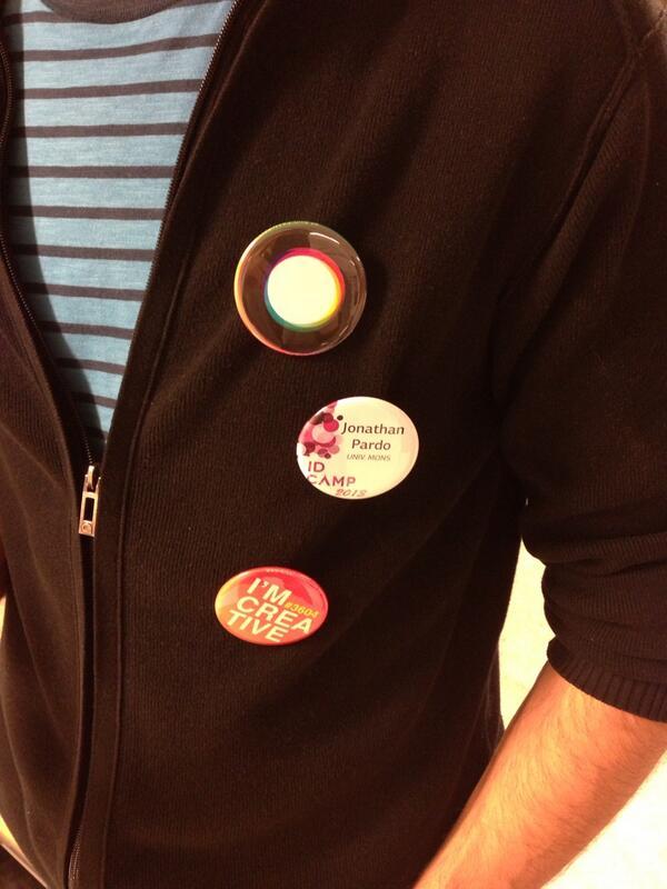 Les badges.. Ça marche!! ;) @creativewal @id_campus #SDLC2013 http://t.co/e21JiXeei5