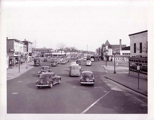 MT @AgentSmira: #tbt A photo of #HStreet, NE, at 15th Street looking east toward Benning Road (1945). via @DDOTDC #DC http://t.co/DFbiJpoEO0