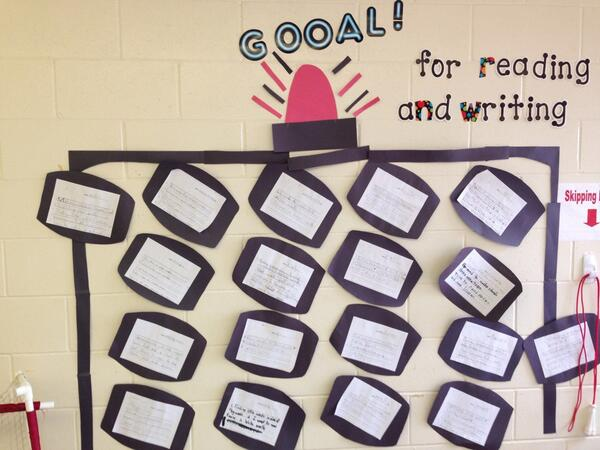 Grade 1/2 share their reading and writing goals #tvadmin #greatstrat http://t.co/D3ymFGaYwk