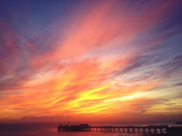 We've had some really spectacular sunsets over @BrightonPier this week - check out tonight's beauty http://t.co/cPgYTCZnnA