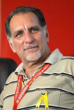 Denuncia René González acciones terroristas contra Cuba desde EE.UU.