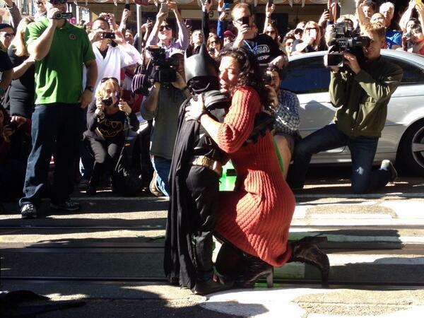 #SFBatKid saves damsel in distress! http://t.co/BOjHxNN6kG