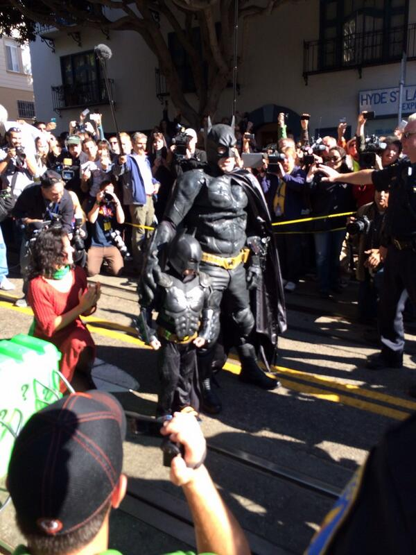 You've saved her, #SFBatkid! The citizens of Gotham thank you!!!! http://t.co/Y5HBhVO7u0