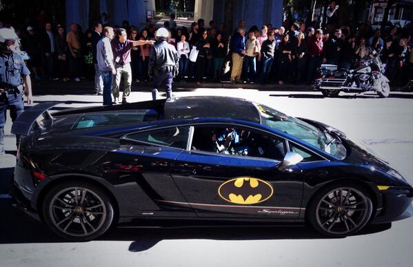 #batkid and batman save the day! http://t.co/x7vkaZJmsg