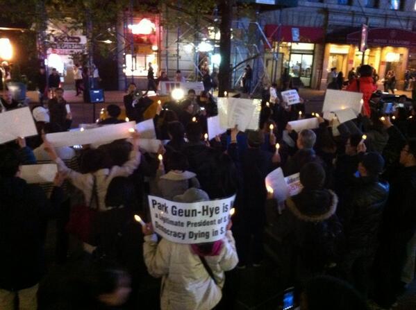 현재 맨하탄 32가 촛불집회 http://t.co/9lVBfrqCzR