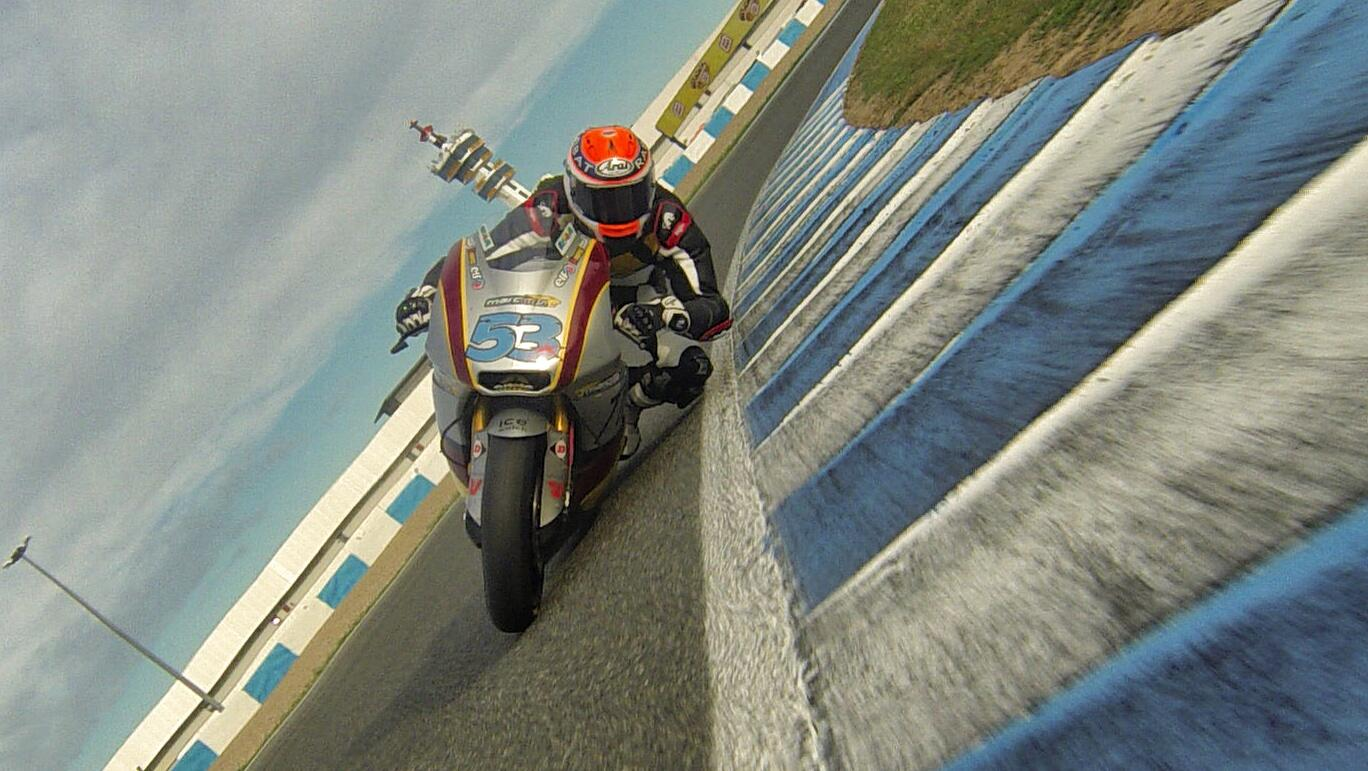 Test Moto3/Moto2 Jerez BZJYfnGIcAA3-el