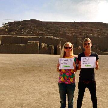 Global solidarity for Australia's #climateaction events... great snap from Kiki and Huaca in Peru! http://t.co/qPgrtspafb