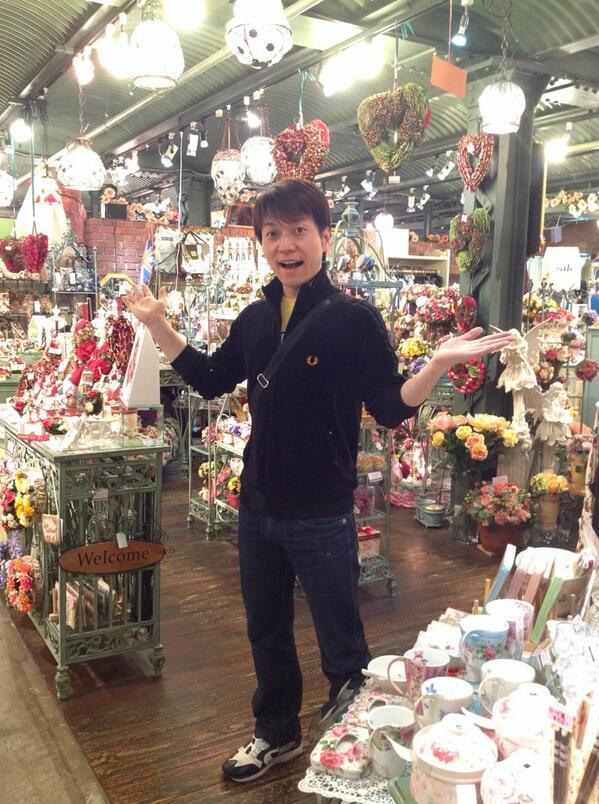 横浜赤レンガ倉庫にある 母のお店に行って 買い物しただよ お近くに起こしの際は是非是非  ケンジントンガーデンズ