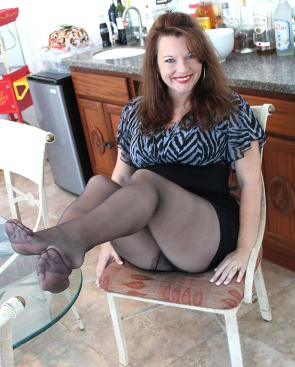 video-likely-to-mature-pantyhose-pics-underwear-fetish