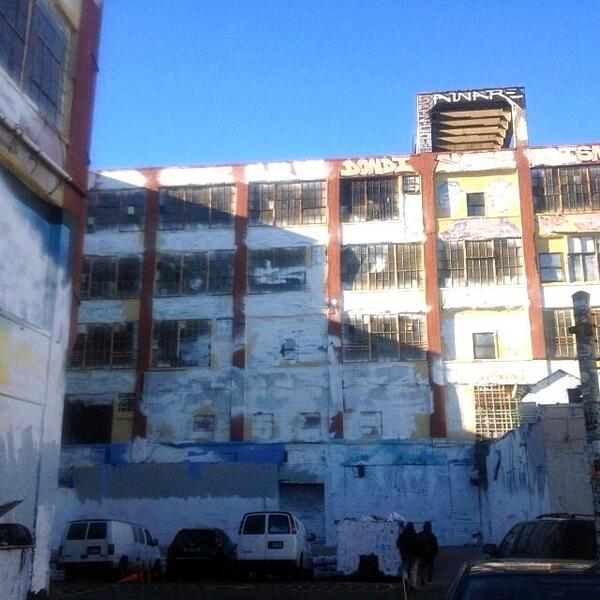 > Nov 19 - Graffiti mecca 5 Pointz repainted white in Long Island City, Queens - Photo posted in BX Daily Bugle - news and headlines | Sign in and leave a comment below!