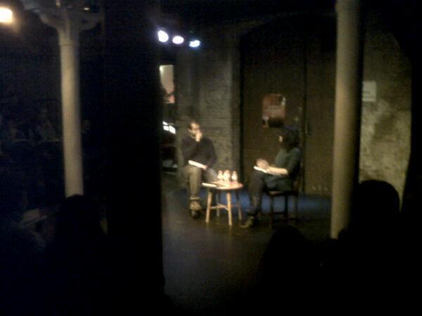 #UPComunicació comença exposició autors @jordidemiguel i @montsanto amb una mica de teatre! http://t.co/djBHKIdAHl