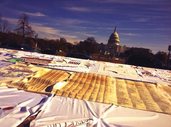 Border stories in Washington DC: Injustice has left families torn apart and broken #TimeIsNow #borderquilt http://t.co/of52nVbmm1