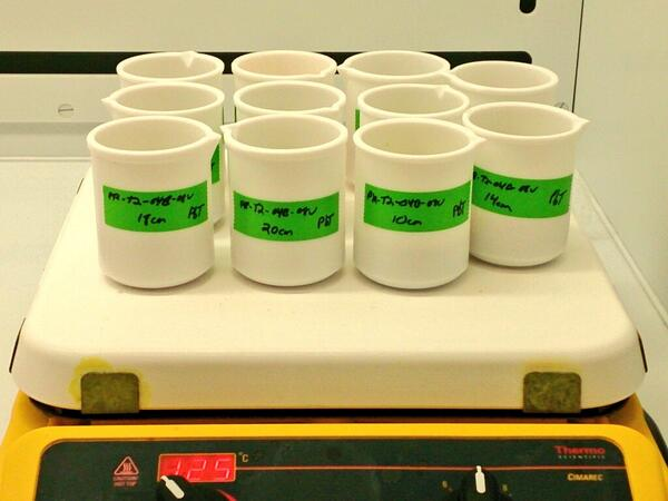 First samples on the hot plates #210Pb #msdatasets #finally<br>http://pic.twitter.com/D5hE6Q1xYd
