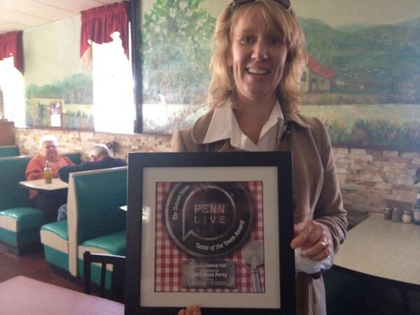 .@sgleiter with the @Pennlive #pizzaparty hardware for Subway Cafe's wall. Congrats! http://t.co/K5QucyZKNM