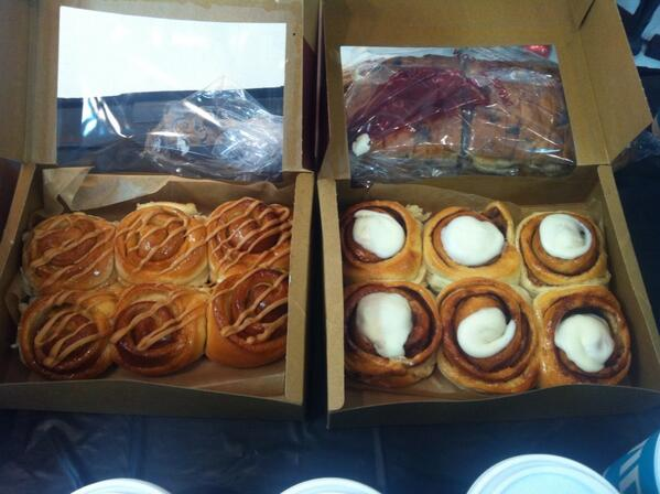 ...and! Yummy treats from @cobsbread. #spoiled #pbuyvr http://t.co/QVEJbSzarm