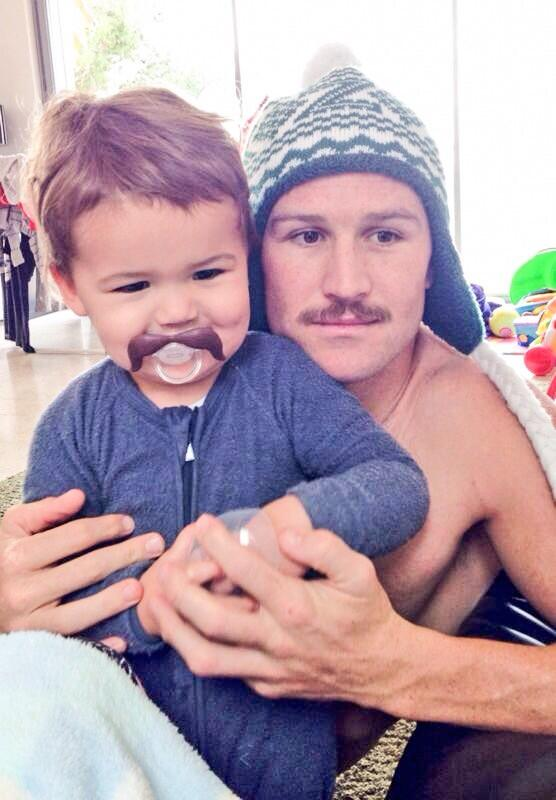 Photo of Matt Giteau  & his  Son  Levi