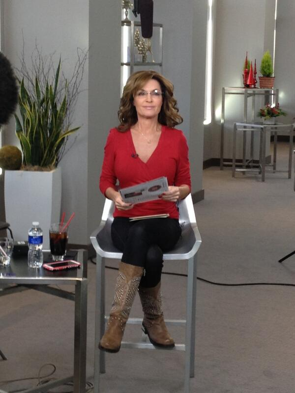 http://foxnewsinsider.com/2013/11/24/sarah-palin-accepts-martin-bashirs-apology-says-msnbc-hypocritical-not-suspending-him