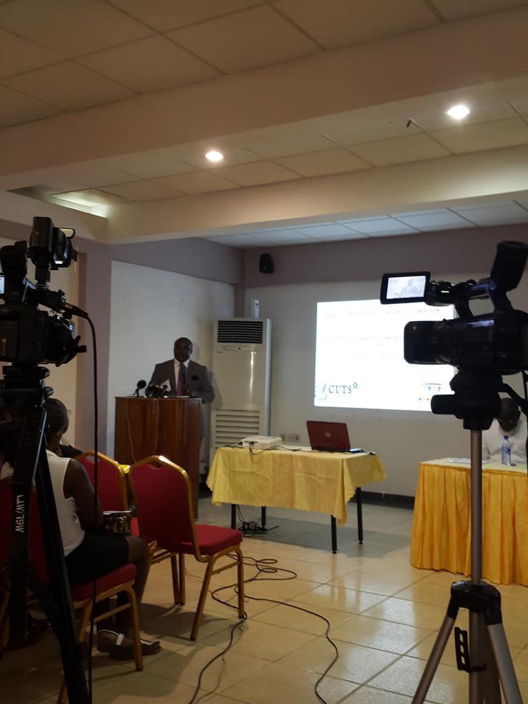 #NationalPetroleumAuthority rep takes floor talking about #standards #kasambata @KojoAbroba @MaliseOtoo http://t.co/UIamFfhEZD