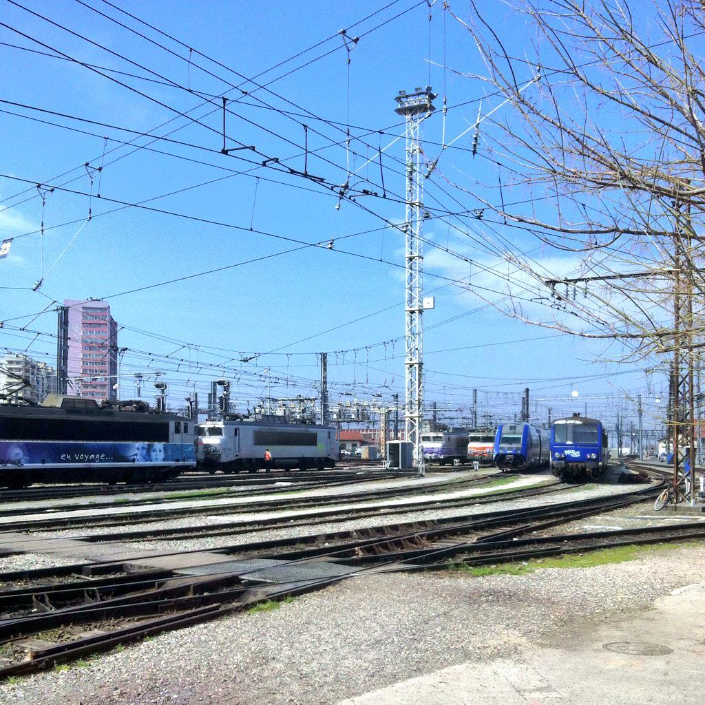 Tag photos sur Tout sur le rail B_0PQn0WEAA4uPI