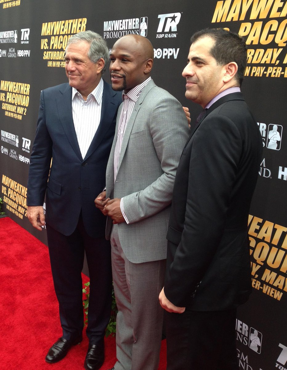 Kicking off the #MayPac press conf w/ CBS CEO Leslie Moonves, @FloydMayweather & @StephenEspinoza! #TheMoneyTeam http://t.co/JU3AzBAxbz