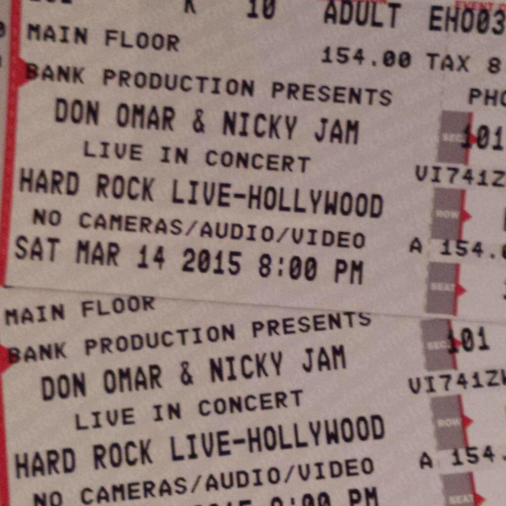 Voy a visitar a mi amiga @nore221 en Miami y vamos a ver @DONOMAR @NattiNatasha @Leanncoro en el @HardRockHolly http://t.co/oUfqtSzd6a