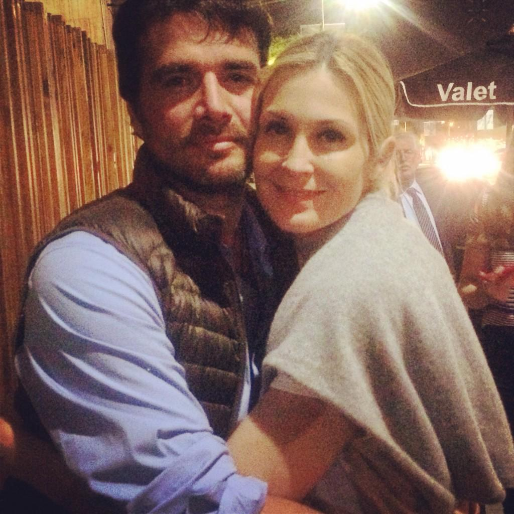 """@KellyRutherford: @matt_settle so good to see you in LA. Finally in the same city❤️ even if just for one night!""❤️ http://t.co/lwkhHNn58j"