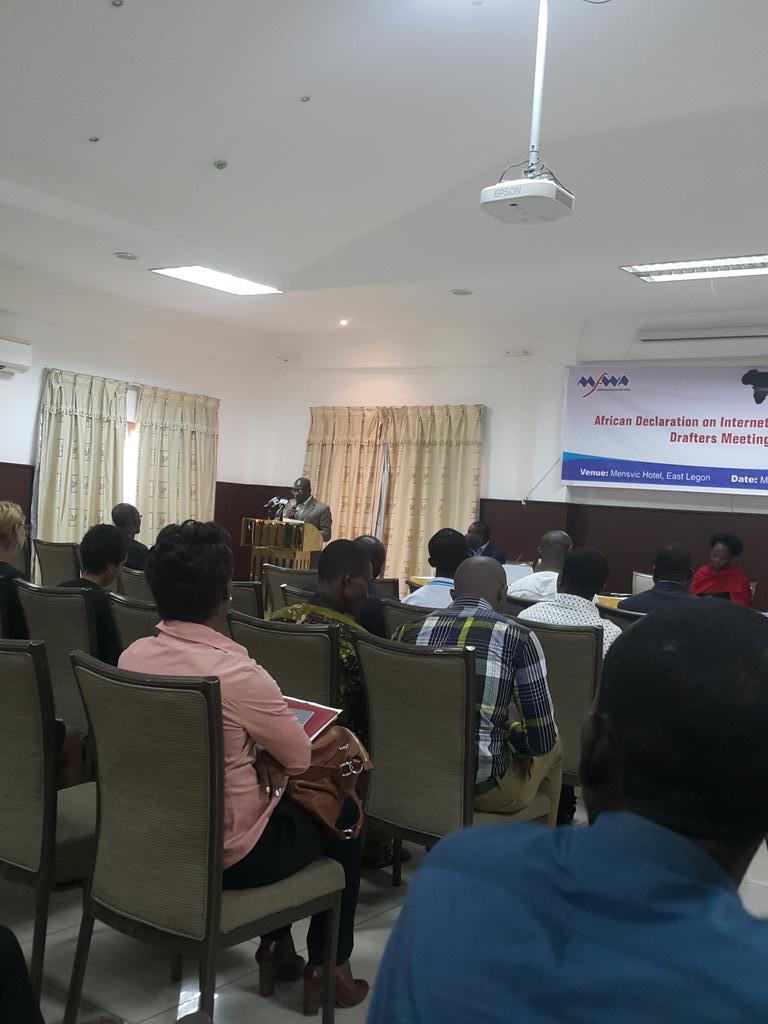 Ghana deputy Min. Comm's Ato Sarpong takes floor on #AfricanInternetRights @nnenna @AfricaJerry @TheMFWA @kinnareads http://t.co/B2mzU1CPYp