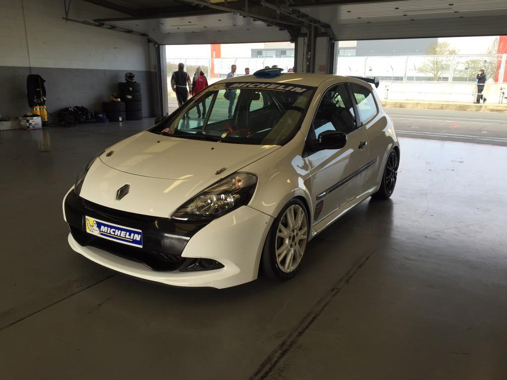Clio Cup Car