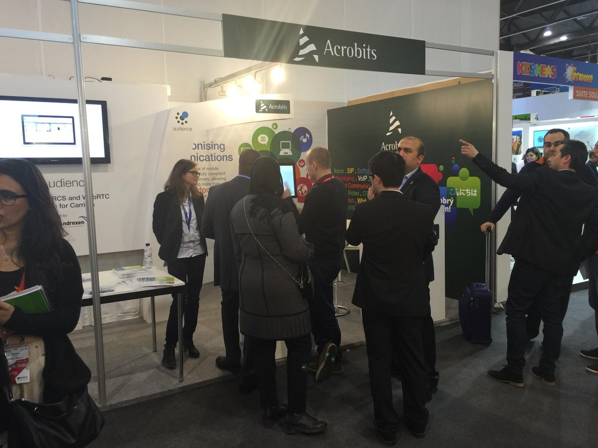 It was a pleasure to meet you all @MWC2015! See you next year with the @_Andrexen_ team! http://t.co/9MeaUVyyX2