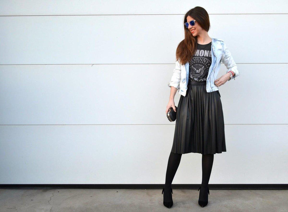 e4814083f5 Cómo combinar una falda midi plisada