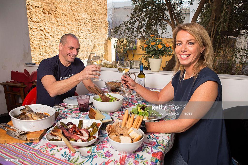 Varufakis el guru de Finanzas en el gobierno de Syriza GRIEGO B_6myK4WMAEbCWy