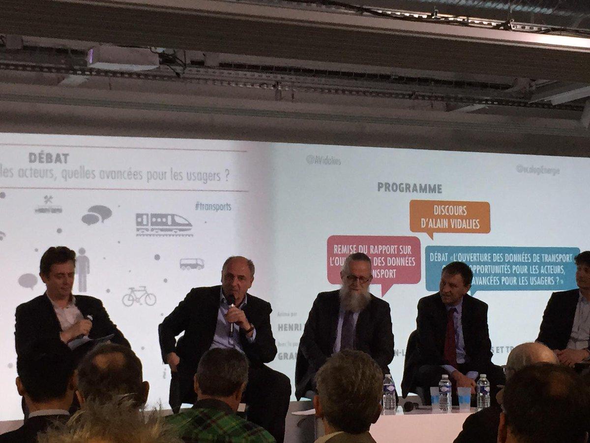 """#LT #opendata #transport début du débat @jlmissika """"pr une somme modique nous pouvons améliorer la vie des parisiens"""" http://t.co/4lXmJhJ3YU"""