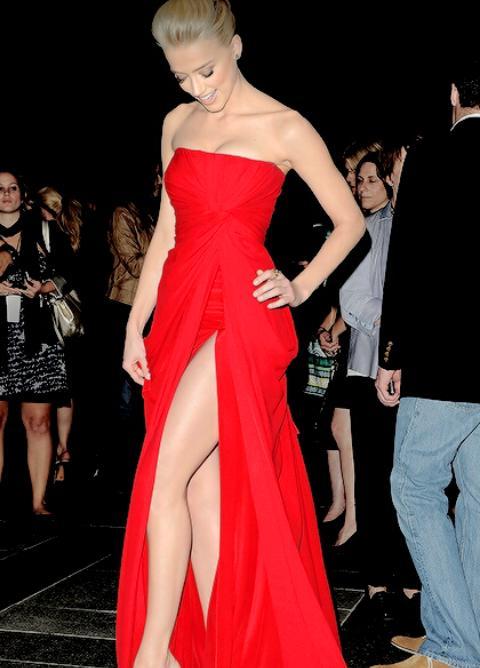 Crossfire On Twitter O Vestido Era De Um Vermelho Bem