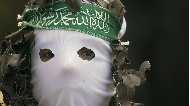 #AskHamas what happens if he sneezes? http://t.co/ZtcJJtDnFs