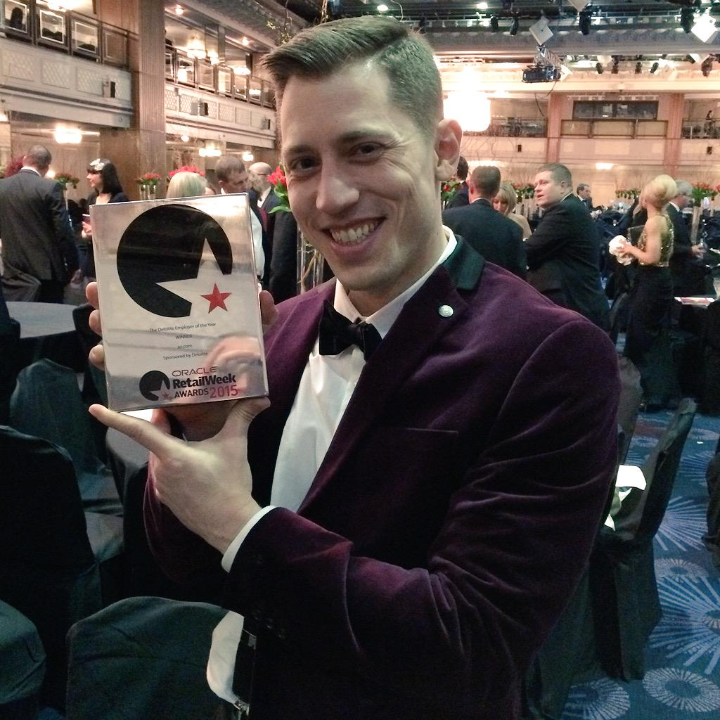 Proud: @ao won the retail week's employee of the year award last night ;-) http://t.co/8FobwVOzmW