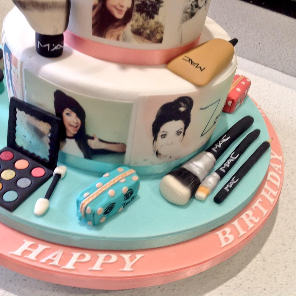 """Gillian Sloss On Twitter: """"I Made This Cake For My"""