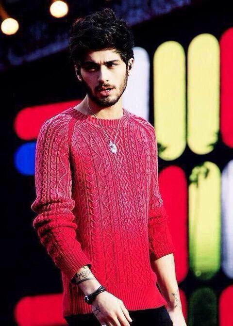 """Jasmine On Twitter: """"THERE SHOULD BE A ZAYN IN RED"""