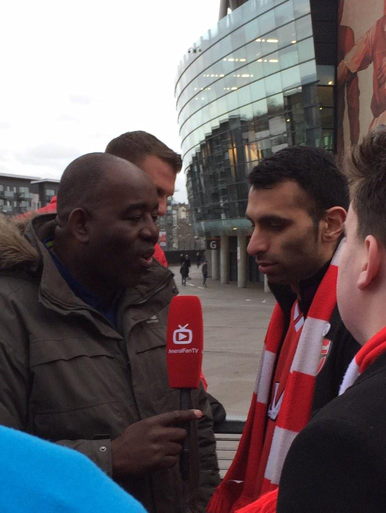 Good to listen to @ArsenalMoh8 this close. Respect for the #FreePalestine button badge