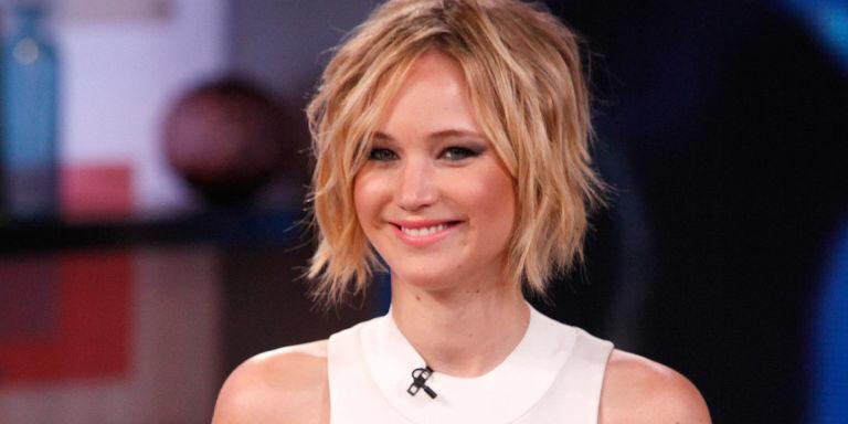 Jennifer Lawrence takes to Facebook (!) to make big announcement http://t.co/Zw53jJxGbr http://t.co/iIMnBoIheZ
