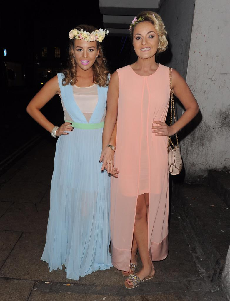Me and my bestie @xGeorgiaBrightx both wearing @BellaSorella251 now online http://t.co/YghypcQqJ8 http://t.co/xQvsrcJUP0