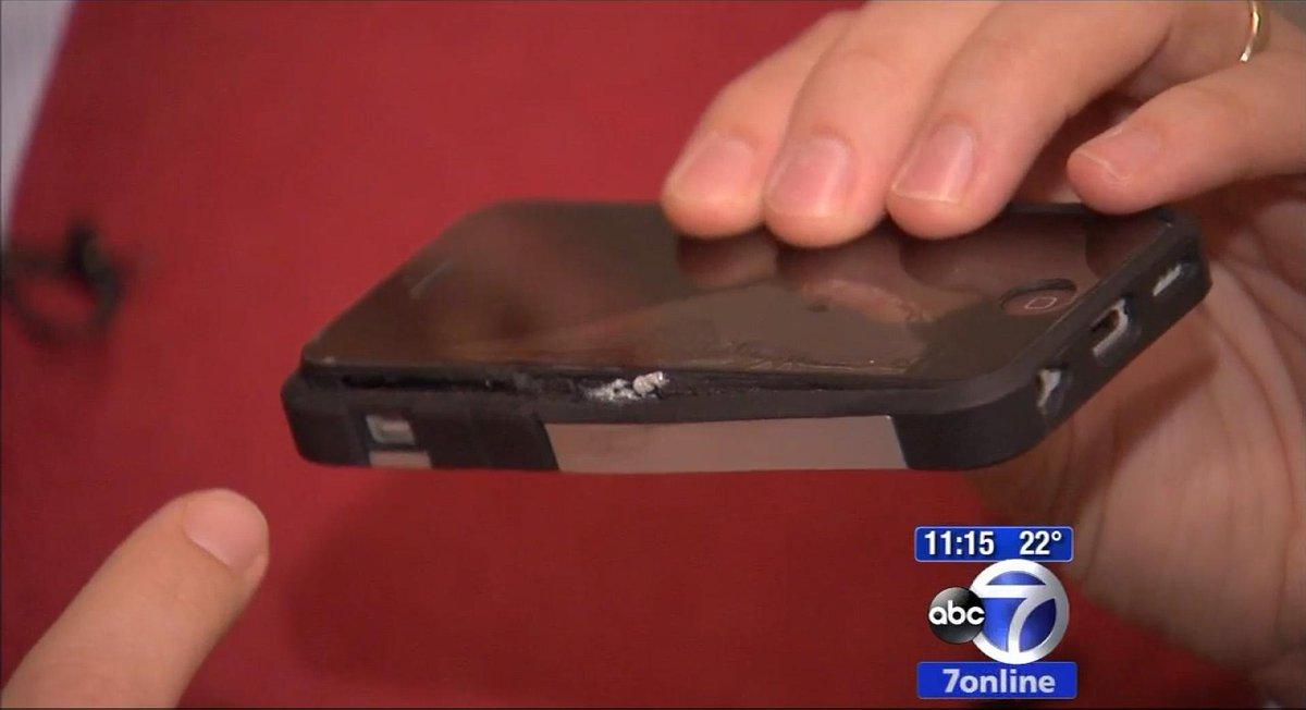 New York: iPhone esplode nella tasca dei pantaloni di un uomo