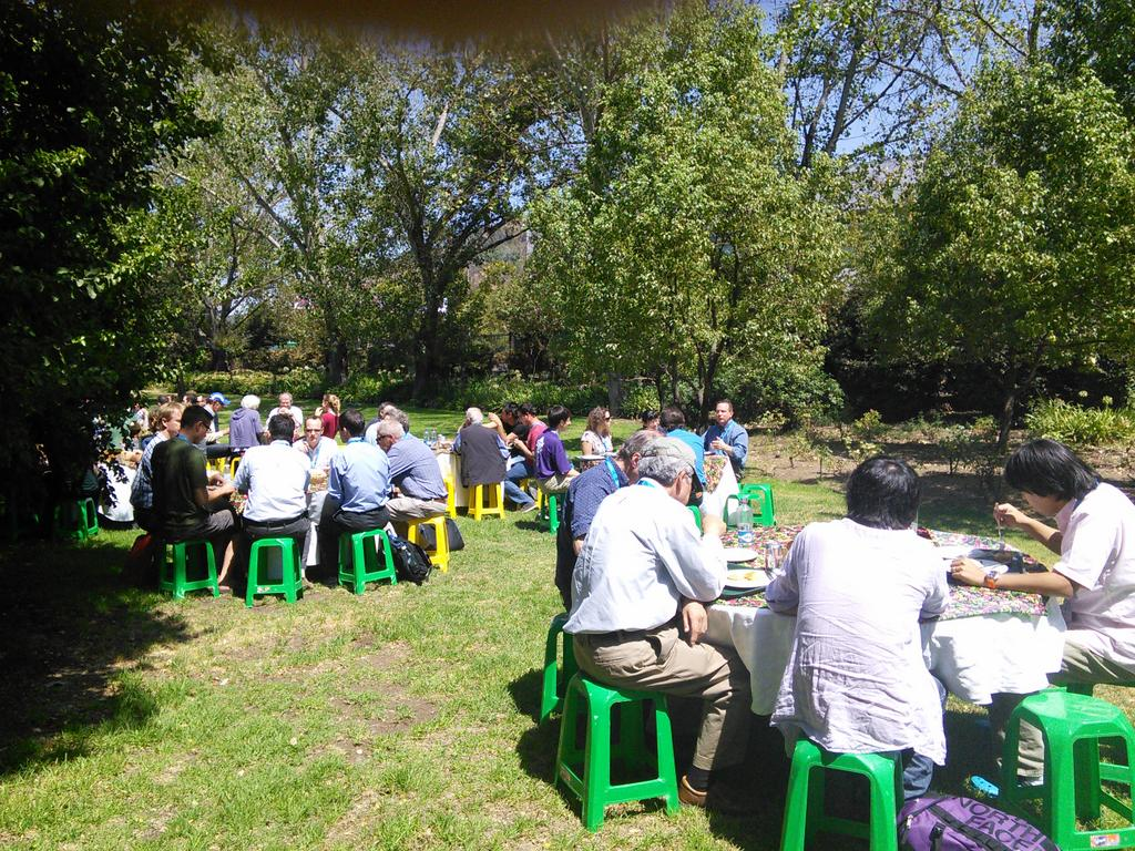 It's summer! Lunchtime picnic at #planets2015 http://t.co/l2U4fVtaos