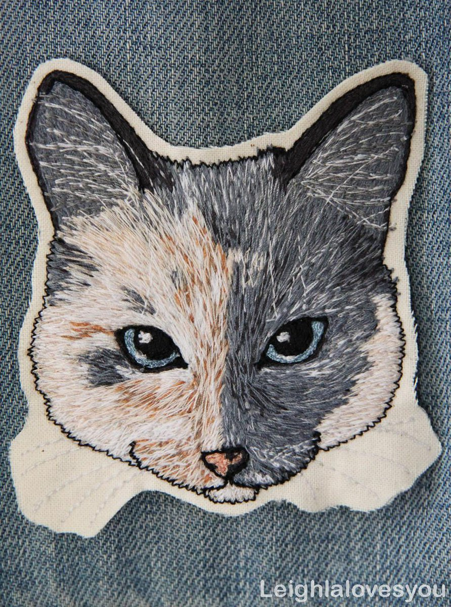 Custom Pet Free Hand Machine Embroidered Patch/Brooch! Available here:http://t.co/iKElltLPnA  @HandmadeHour @HMNation http://t.co/Bk0VHp1eB4