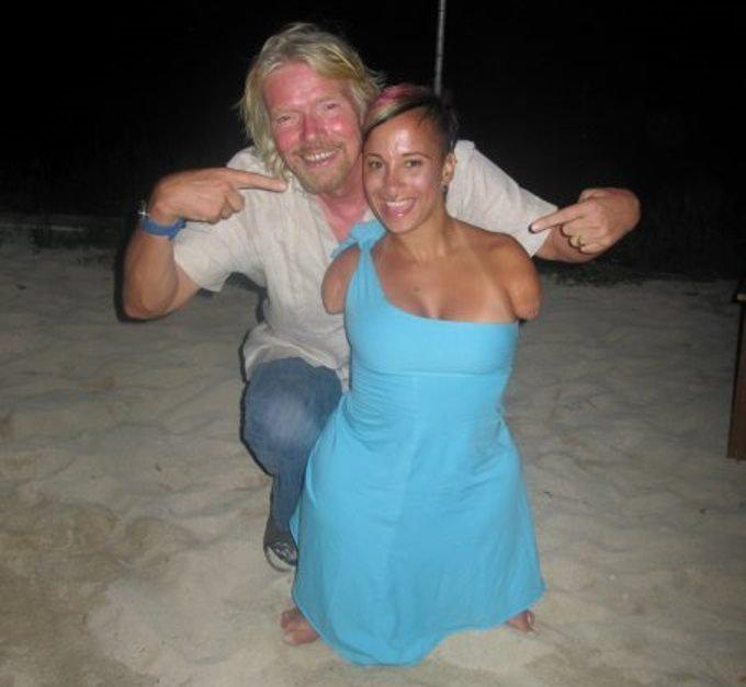 Dylan On Twitter Richardbranson How One Four Foot Tall Woman Learned To Tower Over Everyone In The Room Tco XJqk8In4OS Did She Have Stilts