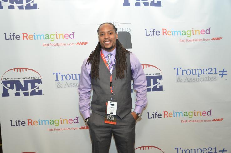 Former NFL Player Becomes Entrepreneur For SocialGood http://t.co/0TVlo8zdXr via @techcrunch @TishinD @reggiehoward http://t.co/kWJhgvDVgd