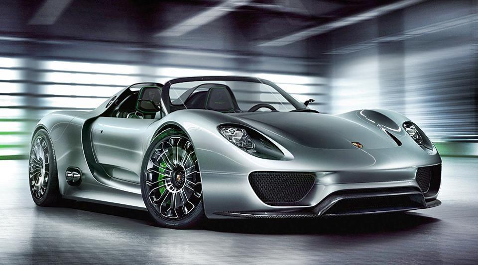 Porsche che gaffe! Ancora richiami! La casa automobilistica pronta a richiamare la 918 Spyder