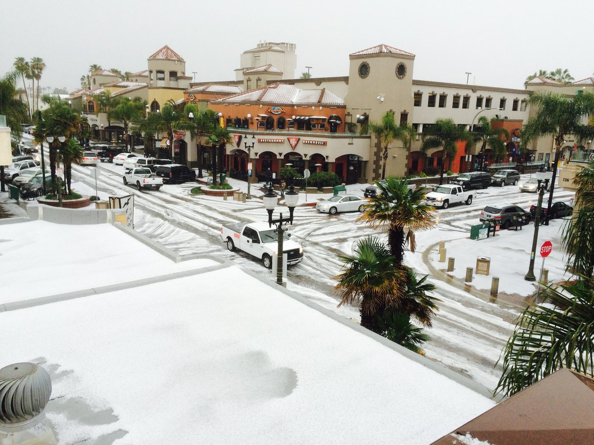 Huntington Beach Hail Storm! http://t.co/rsBwA27c2O